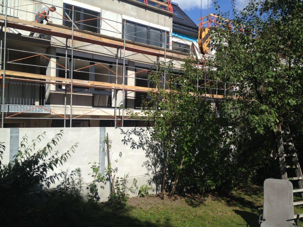 Bauarbeiten beim Nachbarnhaus